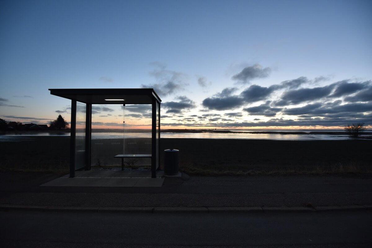 Štúdium v Dánsku - autobusová zastávka v Køge