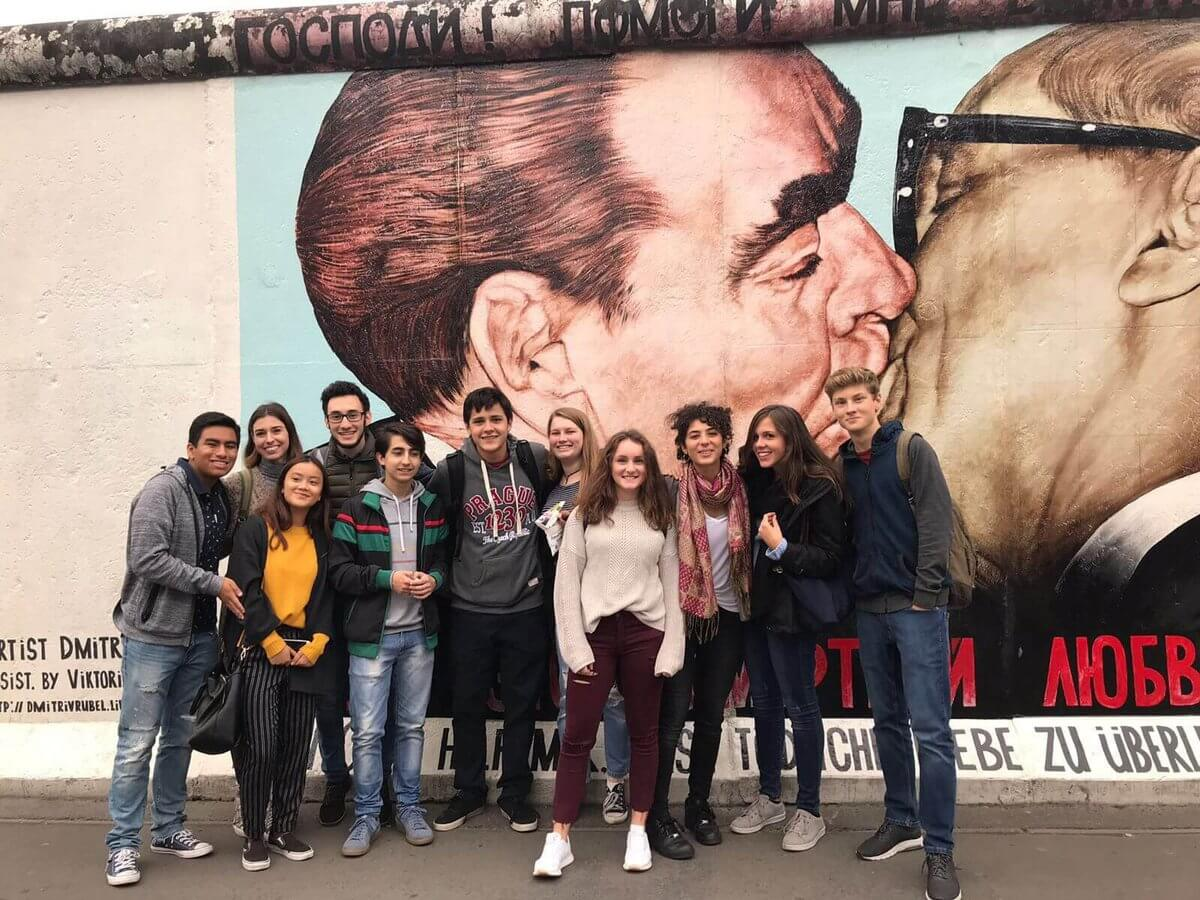 Stredná škola v Nemecku, Miška a jej spolužiaci