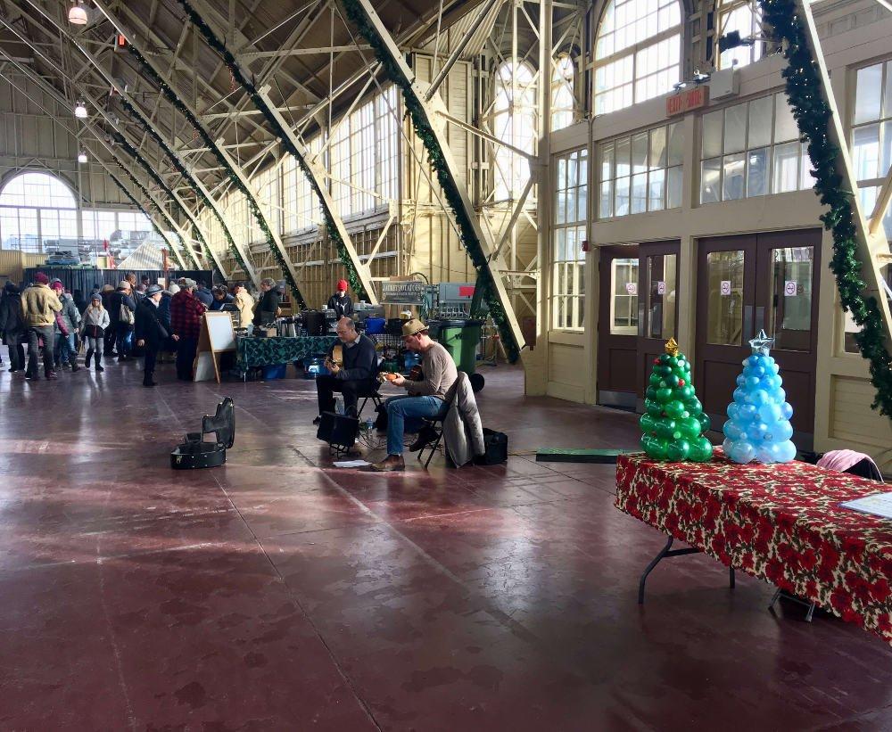 Vianočné trhy, Kanada, gitaristi