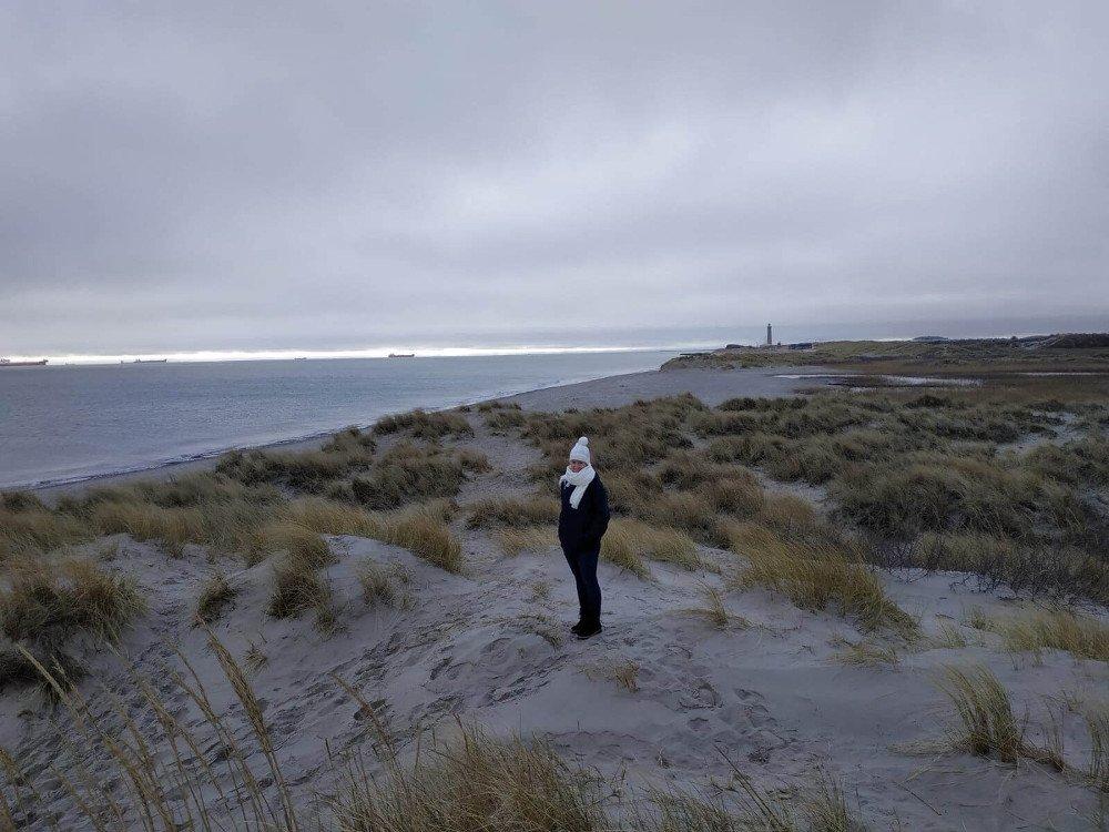 Prechadzka po danskej plazi v zime