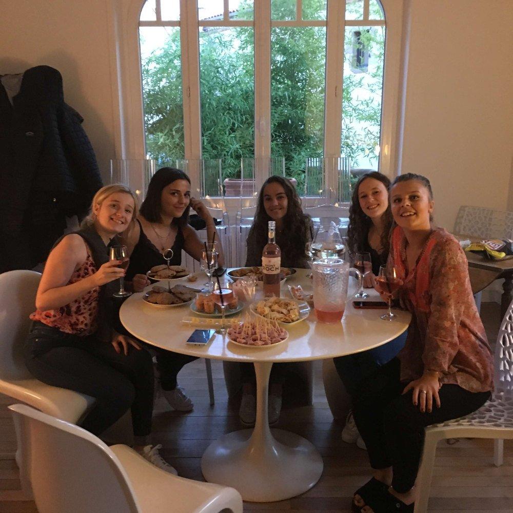 Večera s host family, stredná škola Francúzsko
