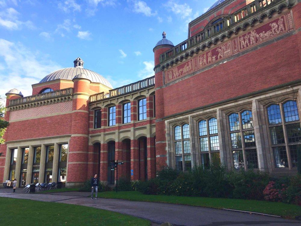Budova University of Birmingham
