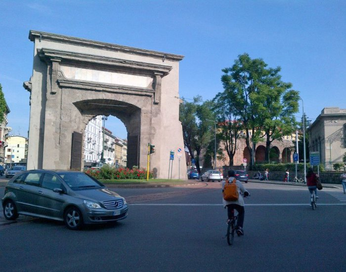 LinguaDue Miláno