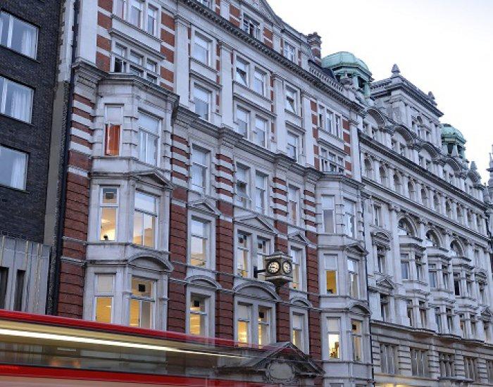 St Giles Londýn Central