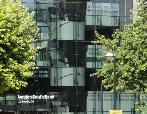 Embassy Londýn South Bank (od 16 rokov)