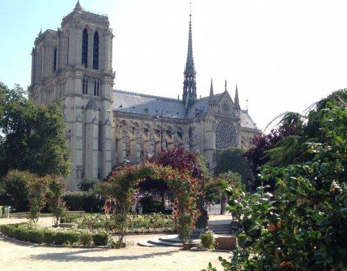 France Langue - Paríž Notre Dame